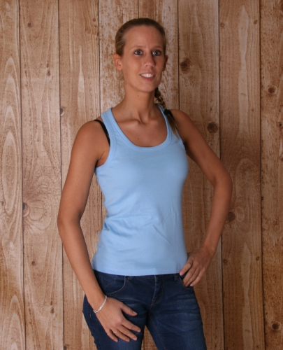Lichtblauwe mouwlose dames t shirts